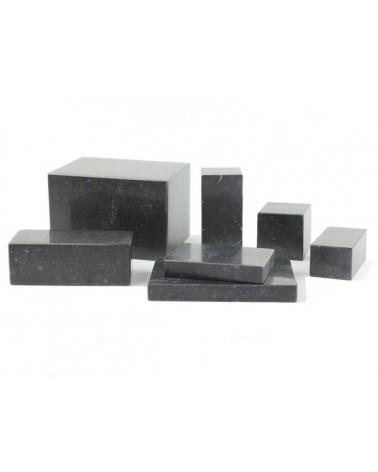 Sockel in Irischem Limestone poliert