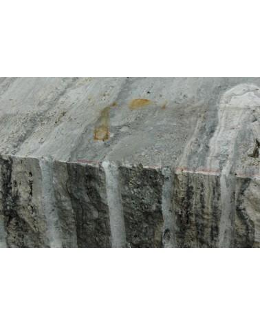 Silbergrauer Travertin